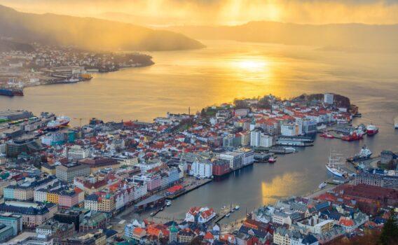 夕暮れのベルゲン ノルウェーの風景