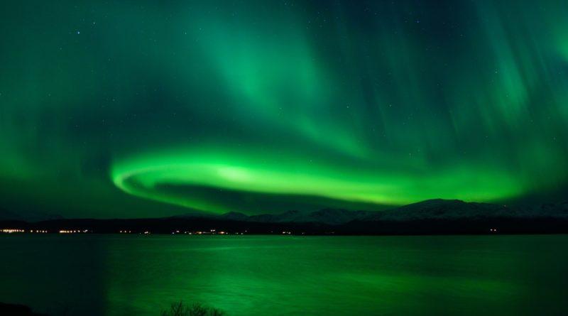 北欧で見るオーロラ