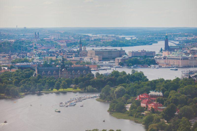 夏のストックホルム ストックホルム市庁舎からの眺め